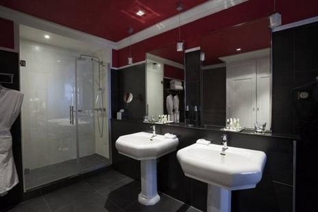 Le grand h tel de cabourg hotel cabourg r servez au for Hotel piscine cabourg